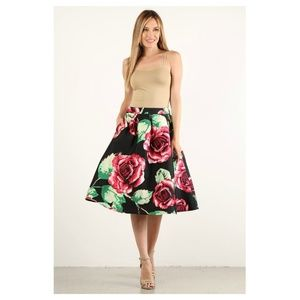 Red Rose Skirt Mid Lenght